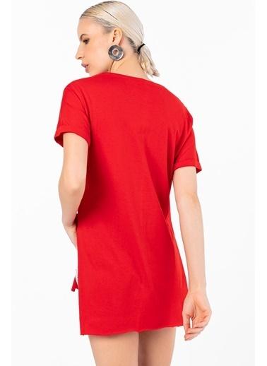 Emjey Tişört Kırmızı